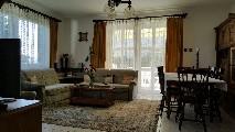 Villa met 1300 m2 grond