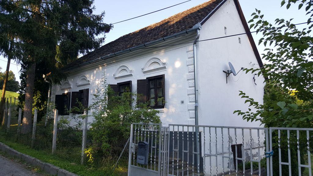 Boerderij te koop in varga hongarije for Boerderij achterhoek te koop