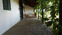holiday house with 486 m2 of land