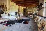 Villa met 9889 m2 grond